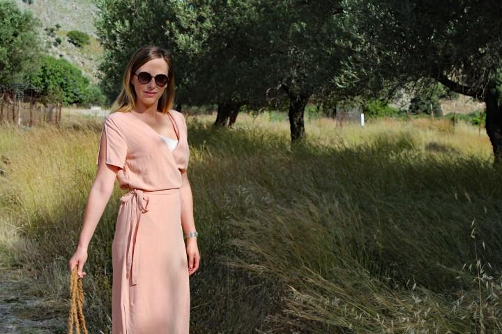 Das Sommerkleid für heißeTage